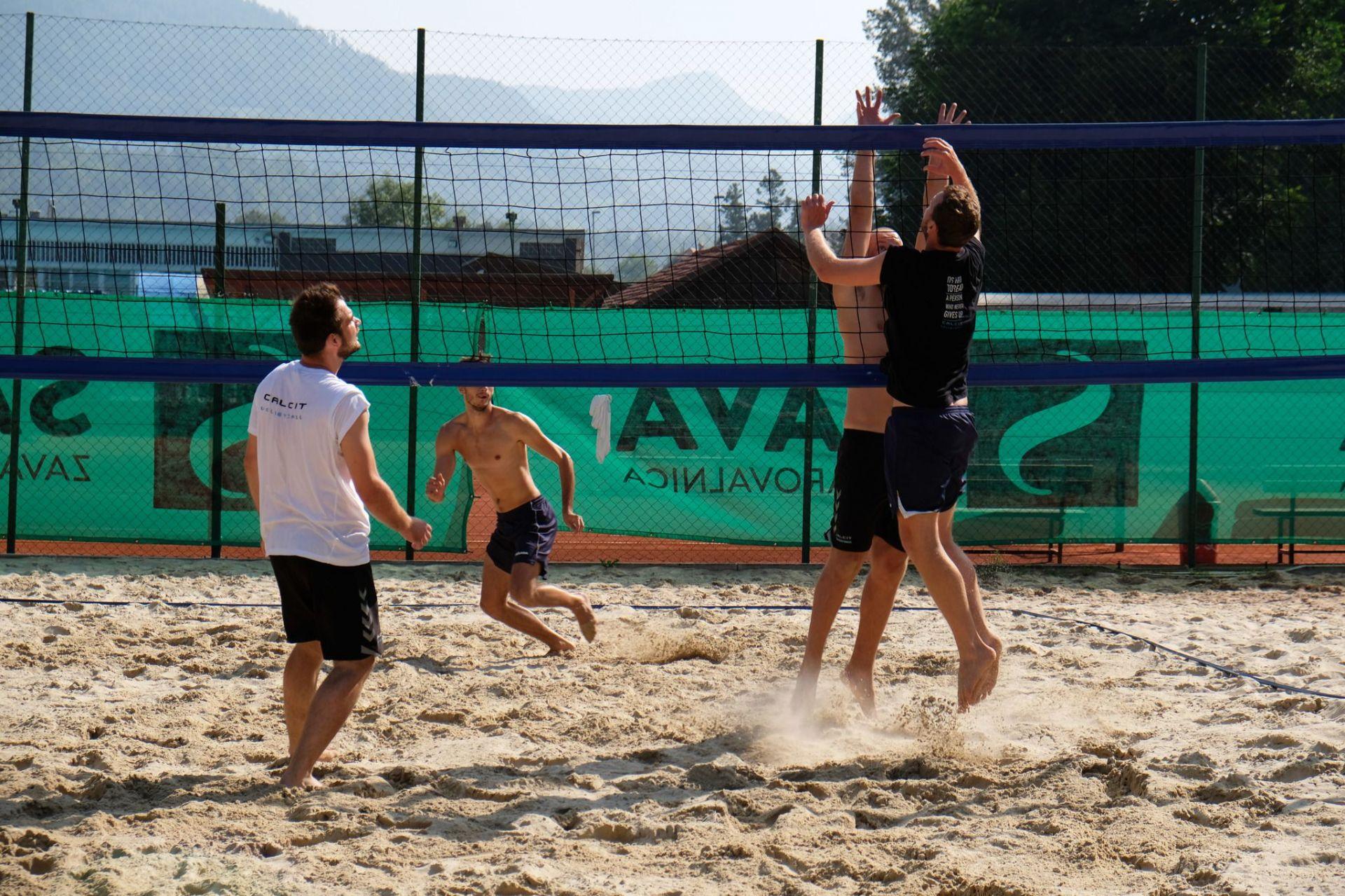 Calcit Volley